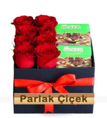 İstoç Çiçekçi Kutuda Kırmızı Gül Çikolata